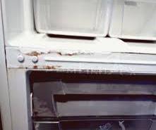 Холодильник не отключается.